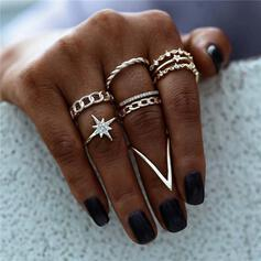 Shining Star V Shaped Alloy With Rhinestone Star Rings (Set of 6)