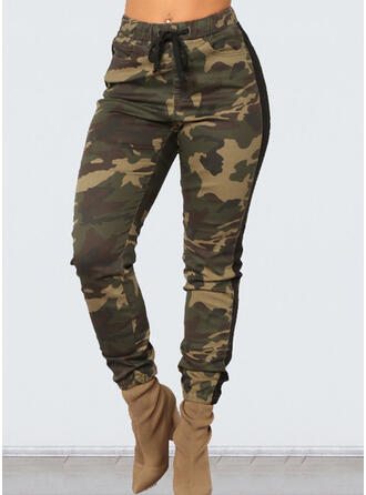 Plus Size Camouflage Drawstring Cropped Casual Pants