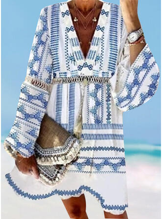 Hollow Out Tassels Geometric V-Neck Sexy Bohemian Casual Cover-ups Swimsuits